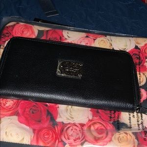 NWOT wallet by Kenneth Cole